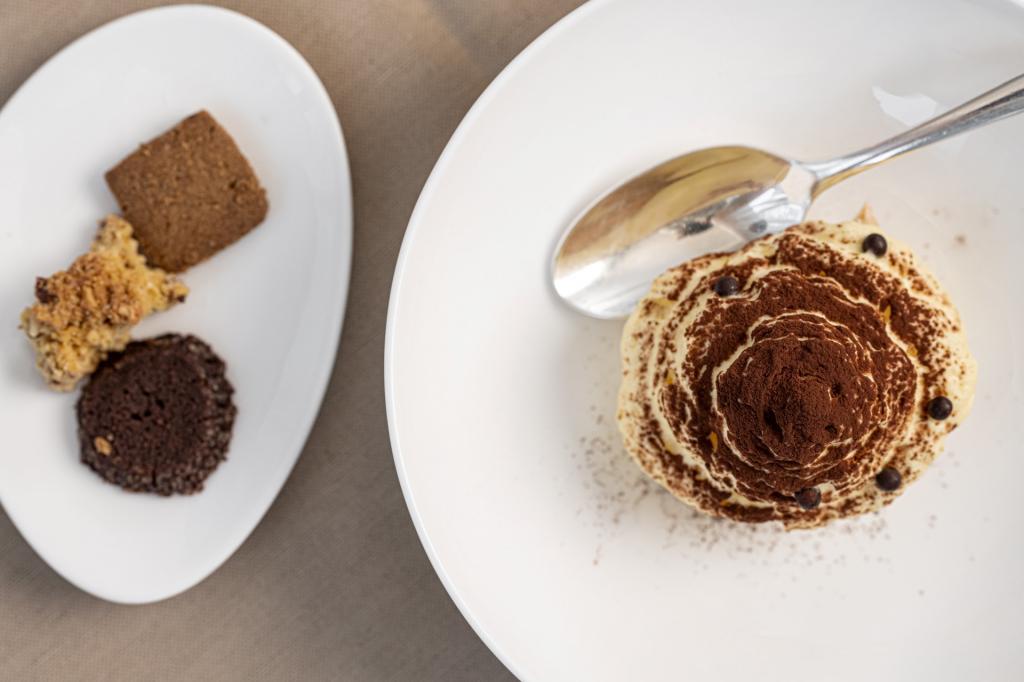 Muschio, squacquerone e funghi